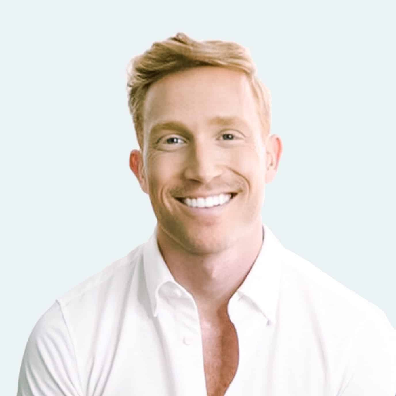 Dr. Logan Jones, Psy.D., Clinical Psychologist NYC and Head of Practice Clarity Therapy NYC